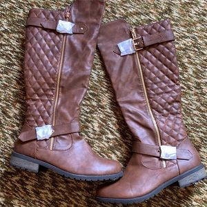 ✨Brand new!✨Brown boots (9)